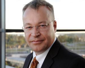 Fostul sef al Nokia, Stephen Elop, va conduce Divizia de Dispozitive a Microsoft
