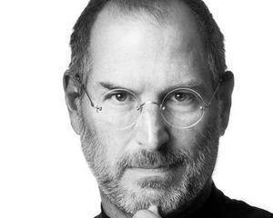 Iubita lui Steve Jobs va scrie o carte despre relatia sa cu cofondatorul Apple
