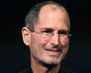 Steve Jobs ar putea aparea pe timbrele din SUA