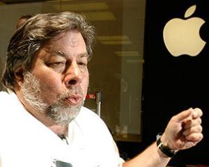 """Steve Wozniak spune ca filmul """"Jobs"""" are multe lacune"""