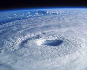 Expertii avertizeaza: Temperatura oceanelor creste, iar cicloanele vor deveni tot mai violente