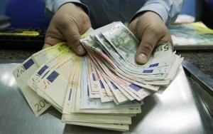 Romanii sunt obligati sa declare Fiscului veniturile din strainatate