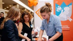 Reprezentanti ai 110 universitati din strainatate vin la Bucuresti, la RIUF, in cautare de studenti romani