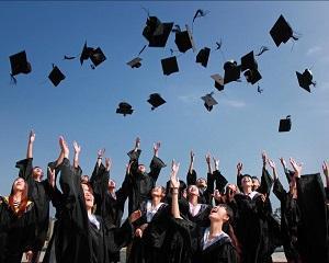 In SUA sunt prea multi studenti