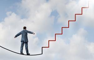 Editorial: Top 10 pasi care te ajuta sa treci de la ESEC la SUCCES