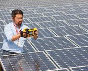 Povestea unei fraude cu panouri solare chinezesti si obligatiuni germane de stat false
