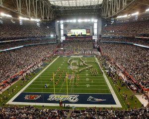 Finala Super Bowl 2014: cine va plati astazi cel mai mare pret pentru o reclama?
