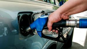 PNL: Petitie online pentru eliminarea supraaccizei la carburant. Motorina e mai scumpa decat in  Austria, Polonia sau Luxemburg