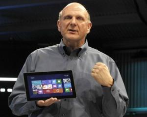 Microsoft: Tableta Surface nu este foarte profitabila