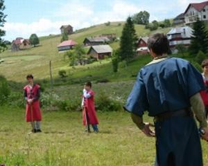 Tabara Medievala pentru Copii continua in Tara Barsei