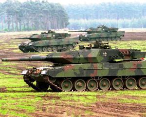 Plan anti-Rusia: NATO va construi baze noi in Estul Europei