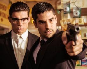 AXN Black si AXN White aduc, in premiera in Romania, doua noi seriale ce au in spate mari povesti!