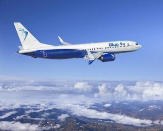 Tarom si Blue Air vor primi impreuna peste 120 de milioane de euro pentru a se salva