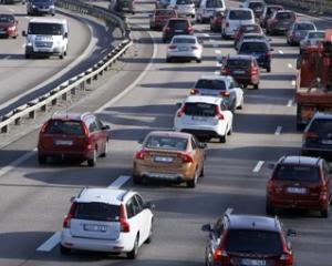 Guvernul instituie taxa auto si pentru autovehiculele dobandite prin partaj