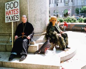 Opinie Paul Barbu: Statul, Dumnezeul taxelor, intr-o tara a necredinciosilor