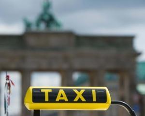 Se intampla si la ei: Un taximetrist din Berlin si-a taxat pasagerii cu 400 euro pentru cativa kilometri