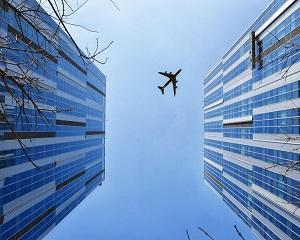 Una din doua persoane se teme se zboare cu avionul