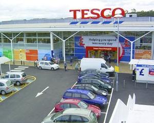 Profitul supermarketului Tesco a scazut, dupa ce a confirmat ca se retrage din SUA