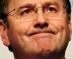Seful Tesco, Philip Clarke, va demisiona in luna octombrie