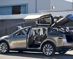 Tesla lanseaza prima masina electrica ieftina, in mai putin de 3-4 ani