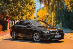 TEST DRIVE. Mercedes-Benz A180 d Sedan - premium accesibil