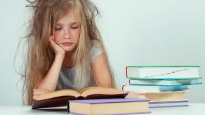 ANALIZA: Cum ne poate afecta pe toti analfabetismul functional al elevilor de gimnaziu