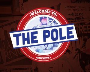 Aplicatia The Pole, 32.000 de afisari, intr-o singura zi