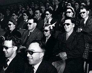 10 aprilie 1953: primul film in 3D este proiectat la Paramount Theater din New York