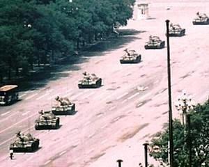 25 de ani de la manifestatiile din Piata Tiananmen: Soldatii chinezi radeau cand trageau in multime