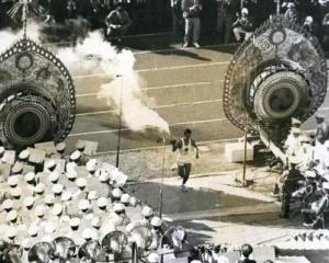 Olimpiada de la Tokyo din 1964: Este folosit primul sistem electronic de inregistrare