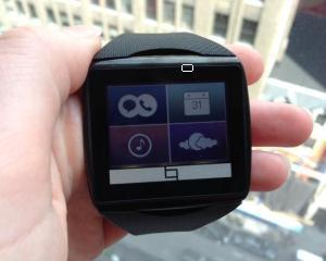 Toq, noul smartwatch al Qualcomm, pe piata, din octombrie