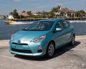 Masinile hibrid Toyota construite in 2009 au o problema la sistemul de franare