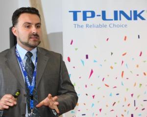 TP-LINK si-a majorat cota pe piata de routere wireless la peste 60% in primul semestru din 2013