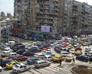 Traficul din Bucuresti, campion european la aglomeratie. Soferii sunt blocati in trafic 9 zile pe an