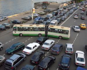 Ce oras are cel mai intens trafic rutier din lume? Chiar nu este Bucurestiul