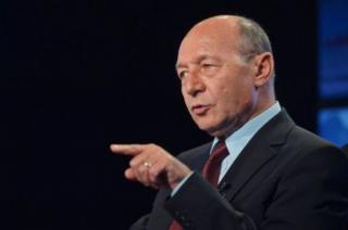 Basescu, despre candidatura la Primaria Capitalei: Nu sunt in competitie cu Nicusor Dan, ci cu PSD