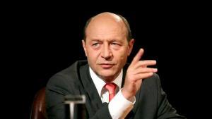 Basescu: Ponta si Tariceanu, doi smecheri ai politicii, care cauta solutii disperate