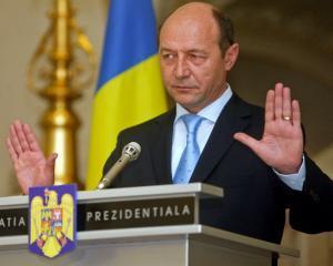 Traian Basescu l-a decorat pe ambasadorul Spaniei in Romania