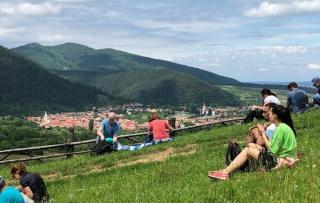 In timp ce politicienii de la Bucuresti se cearta, Ungaria infiinteaza fonduri de investitii care cumpara terenuri agricole in Transilvania