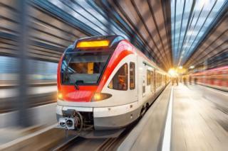 Buget 2021: Dispare gratuitatea transportului feroviar pentru studenti. Se va aplica o reducere de 50%