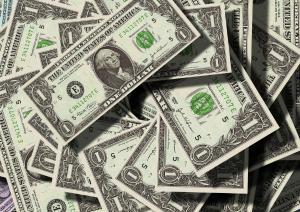 H&M intra pe piata serviciilor de plati, printr-o tranzactie de 20 mil. Dolari