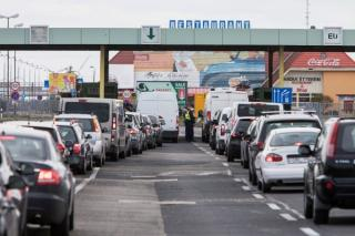 Breaking News: Ungaria tine 12 puncte de frontiera deschise pentru tranzitul romanilor