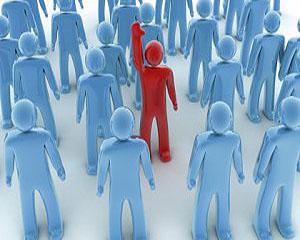 3 diferente intre manageri si lideri