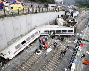 77 de persoane ucise si alte 130 ranite, in accidentul de tren din Spania