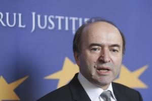 Ministrul Justitiei, Tudorel Toader, fara drept la replica in Parlamentul European