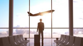 Transportul aerian de pasageri ramane in picaj. Scadere de 76,2% din cauza pandemiei
