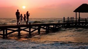 Aproape toti turistii care au vouchere de vacanta vor la mare in varf de sezon