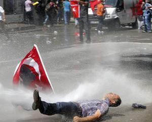 Istanbul: Primul deces confirmat in cadrul protestelor de strada