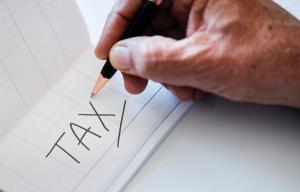 Anul acesta, Taxa pe Valoarea Adaugata ar fi putut iesi la pensie la limita de varsta