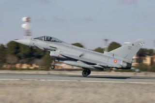Misiune de politie aeriana cu avioane Eurofighter Typhoon si F-16, la baza Mihail Kogalniceanu
